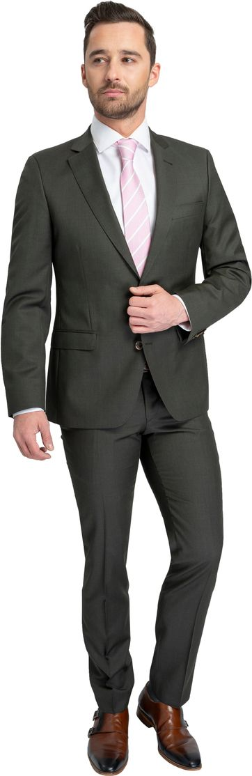 Suitable Suit Evans Green