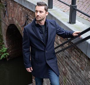 Mantels & Coats