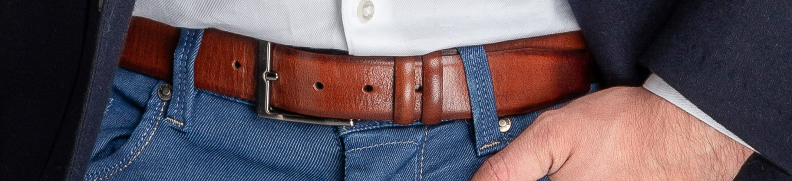 Men\'s belts at Suitable ✔ Different colours and brands ✔ Brands like Profuomo, Suitable Private Label and more ✔ Suede or Leather belts ✔ Shop online