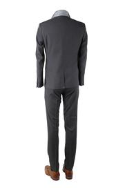 Detail Sneaker Suit Converses Antraciet