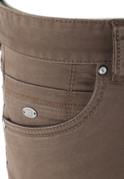 Detail Suitable Chino Bruin / Groen