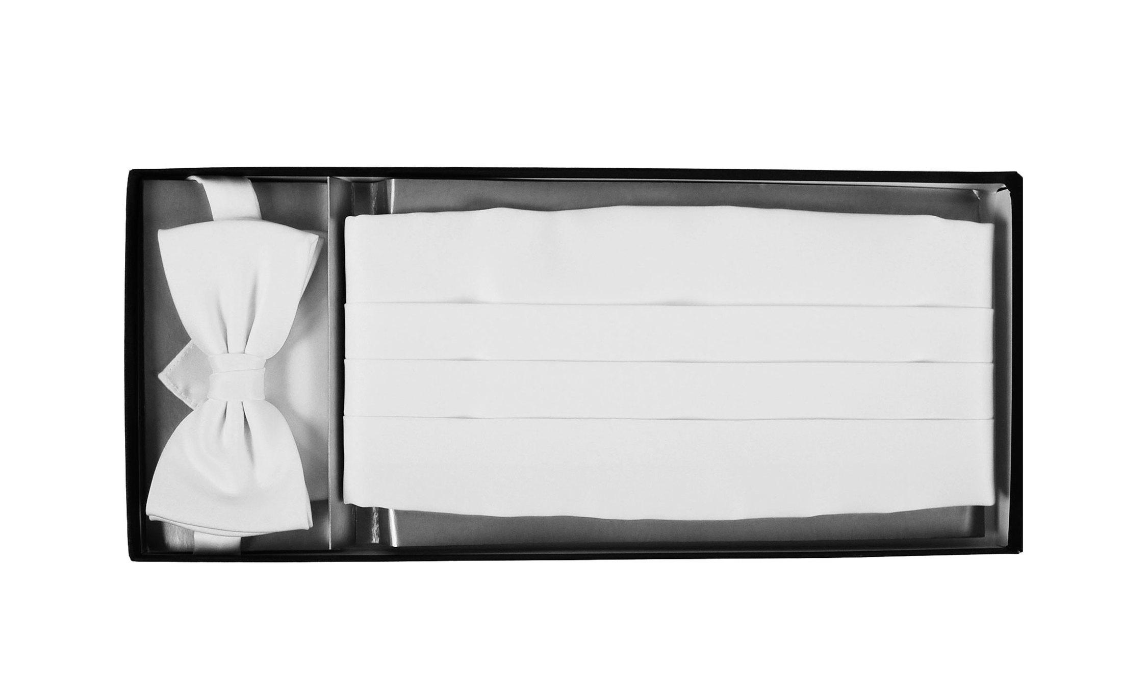 Set Kummerbund mit Fliege und Einstecktuch Weiß