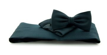 Cumberband + Bow Tie Dark Blue