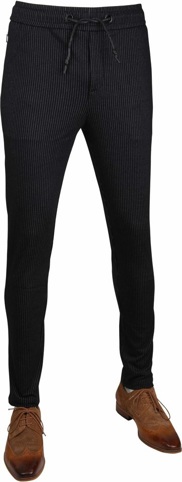 No-Excess Striped Pants Black
