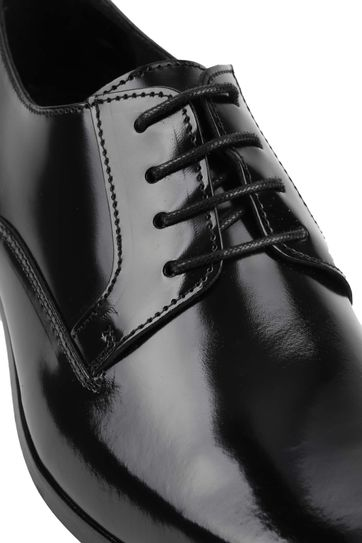 Suitable Black Lacquer Shoes
