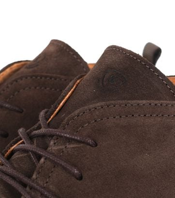 Detail Suitable Brogue Boots Bruin