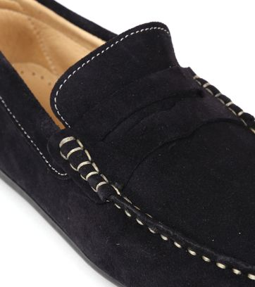 Suitable Moccassin Navy