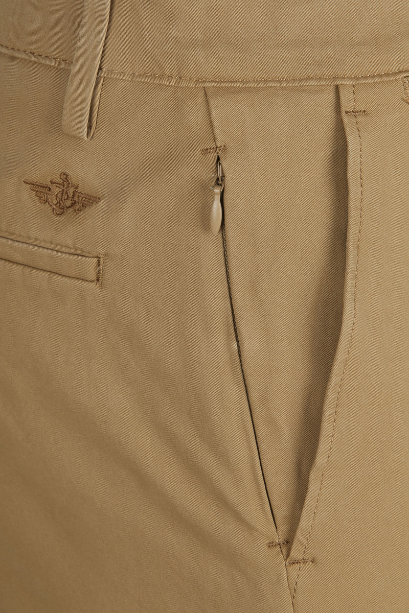 Dockers Alpha Tapered Chino 360 Flex Khaki foto 2