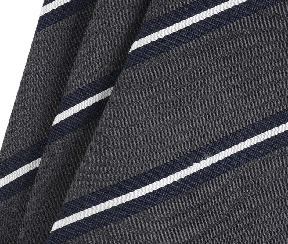 Detail Krawatte Seide Dunkelgrau Streifen