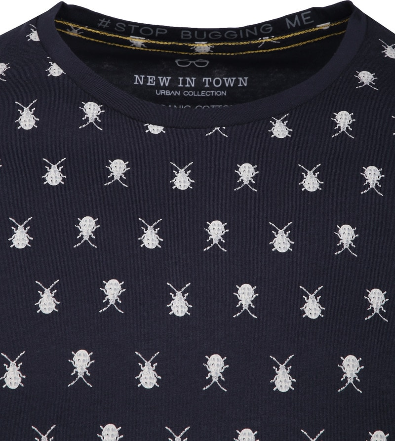 New In Town T-Shirt Navy Insecten foto 1