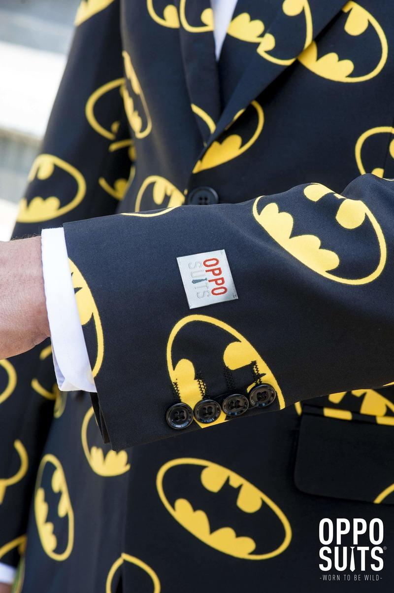 OppoSuits Batman Kostuum foto 4