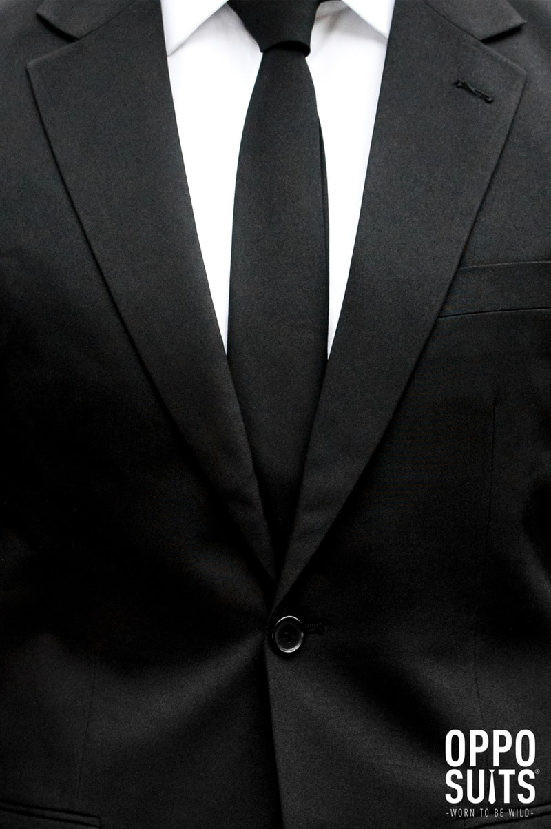 OppoSuits Black Knight Suit photo 4