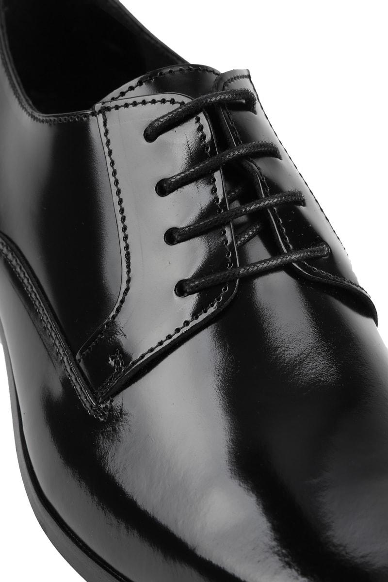 Suitable Black Lacquer Shoes photo 1