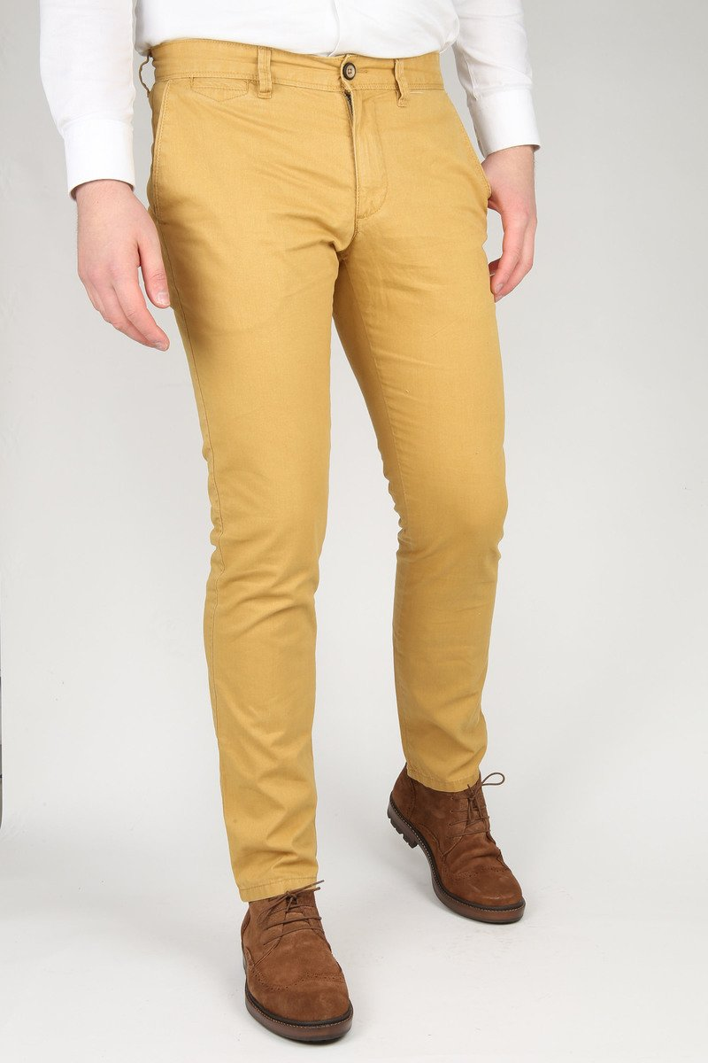 Suitable Chino Sartre Oker