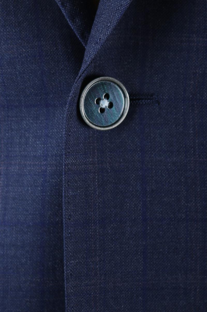 Detail Suitable Kostuum Lille