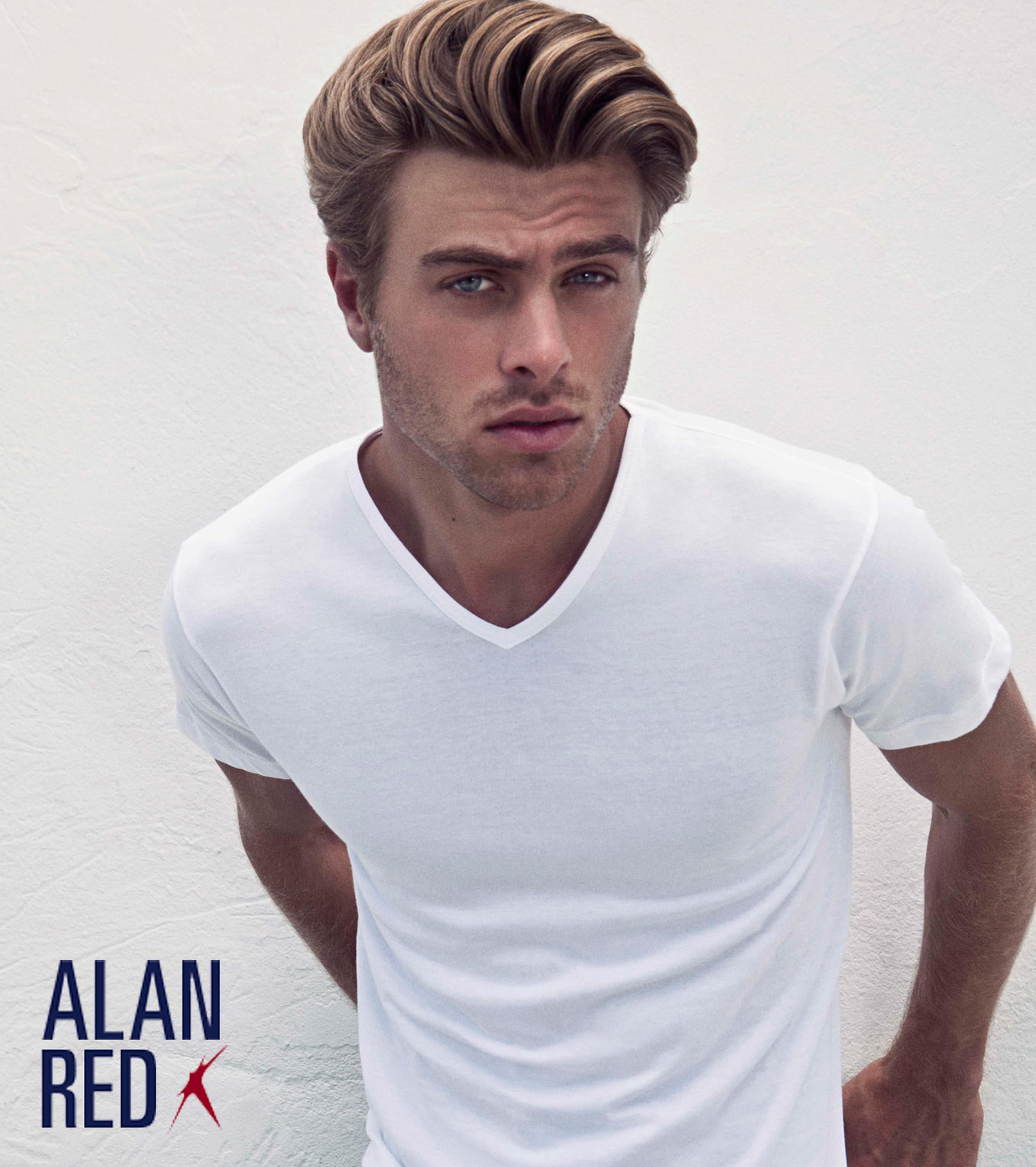 Alan Red Vermont T-shirt V-Neck Red 1-Pack foto 3