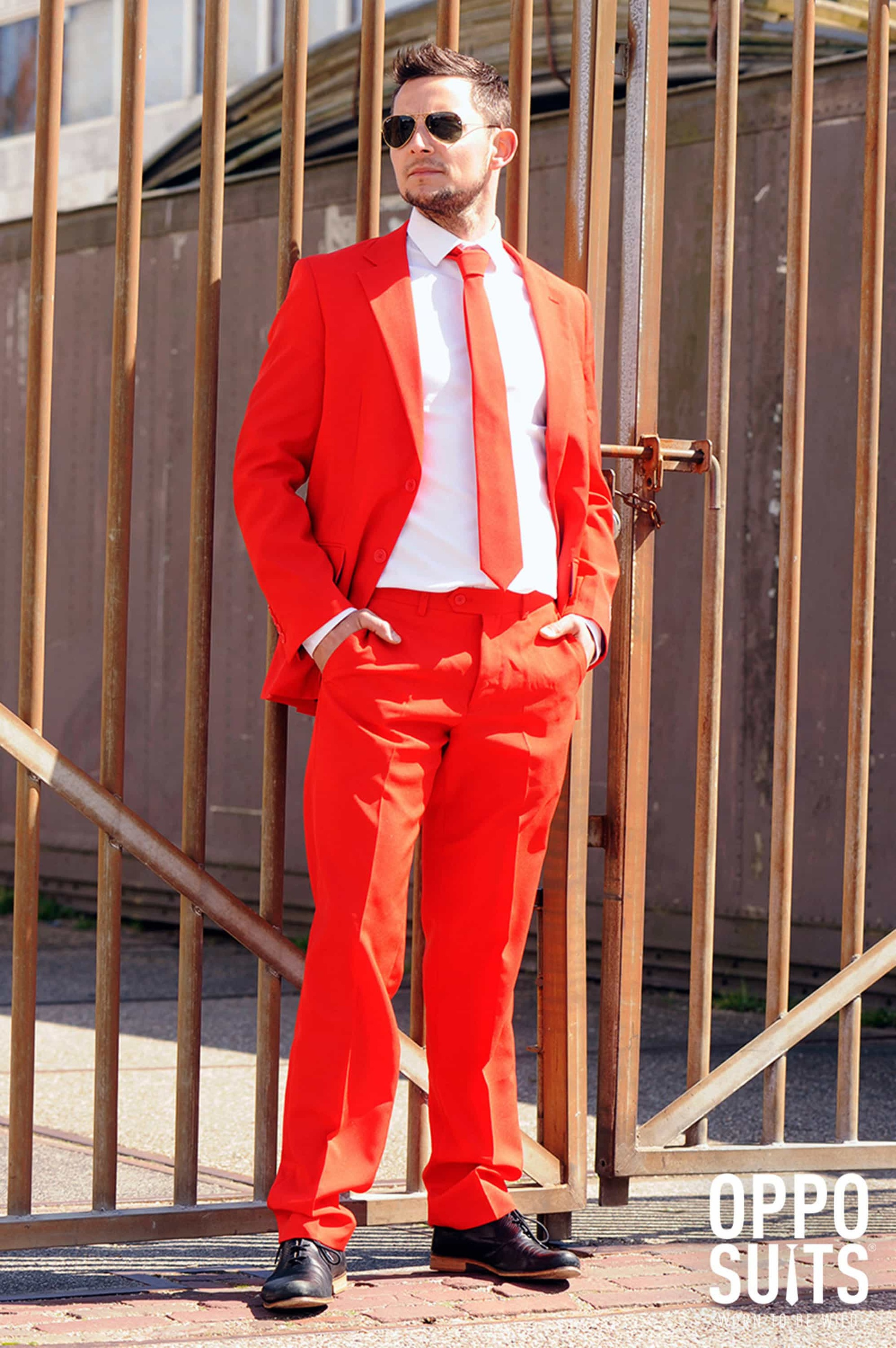 OppoSuits Red Devil Kostüm foto 2