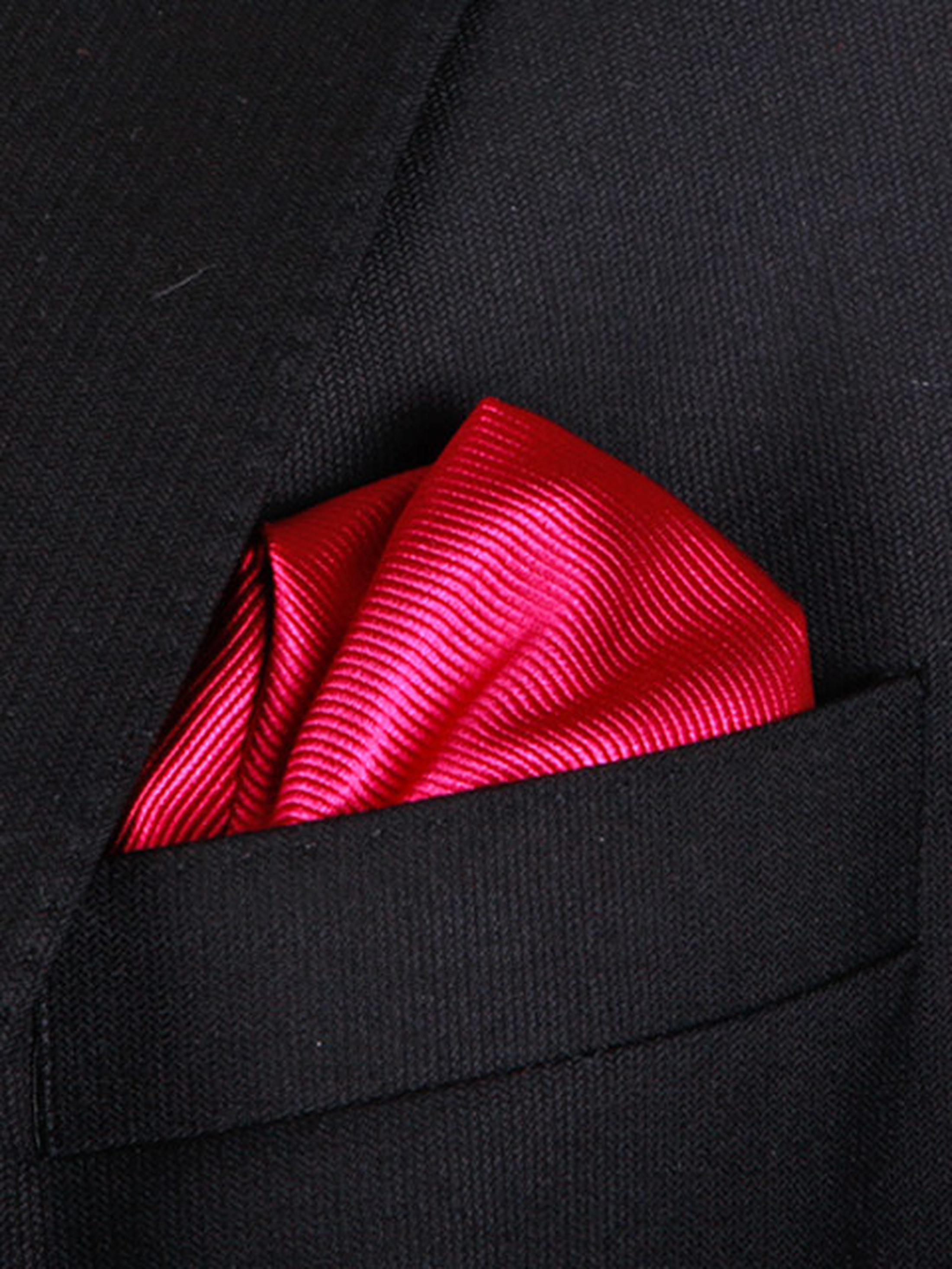 Pocket Square Dark Fuchsia F66 foto 1