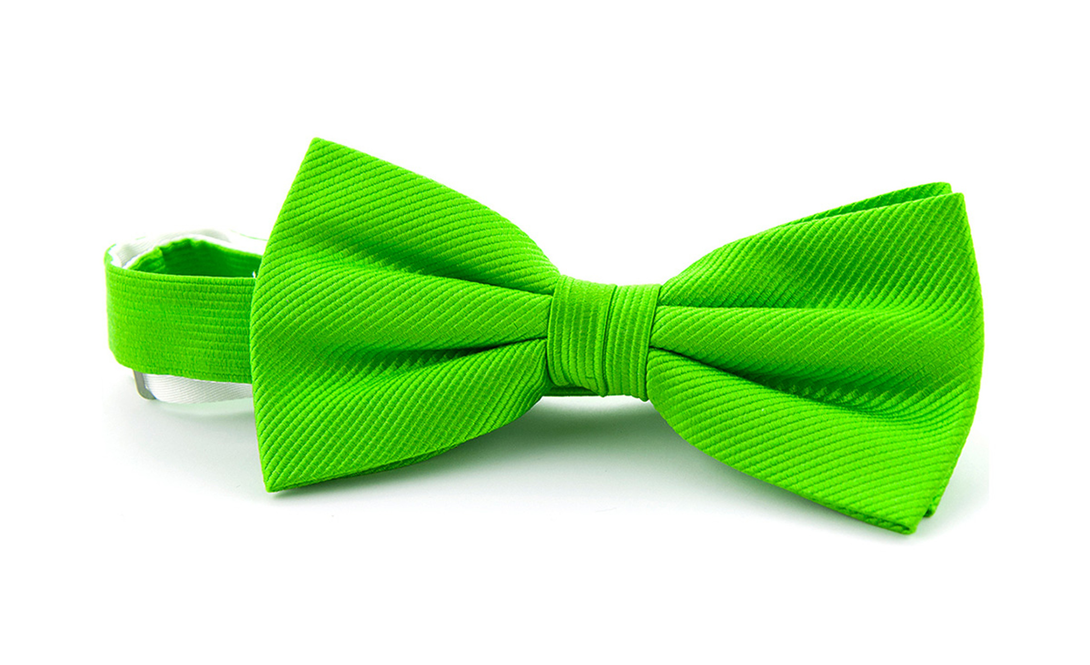 Silk Bow Tie Green F33