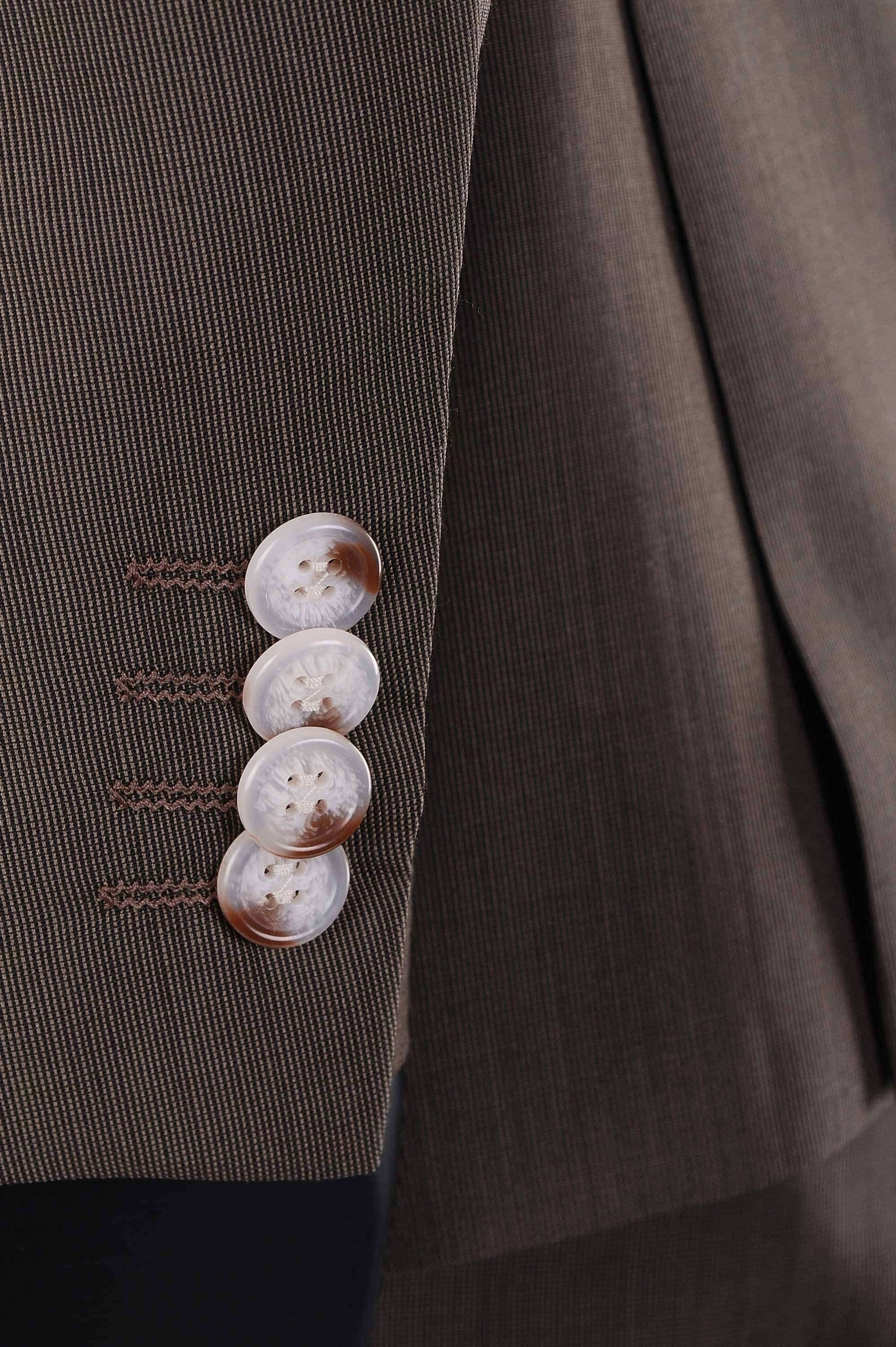 Suitable Braun Anzug Deveania
