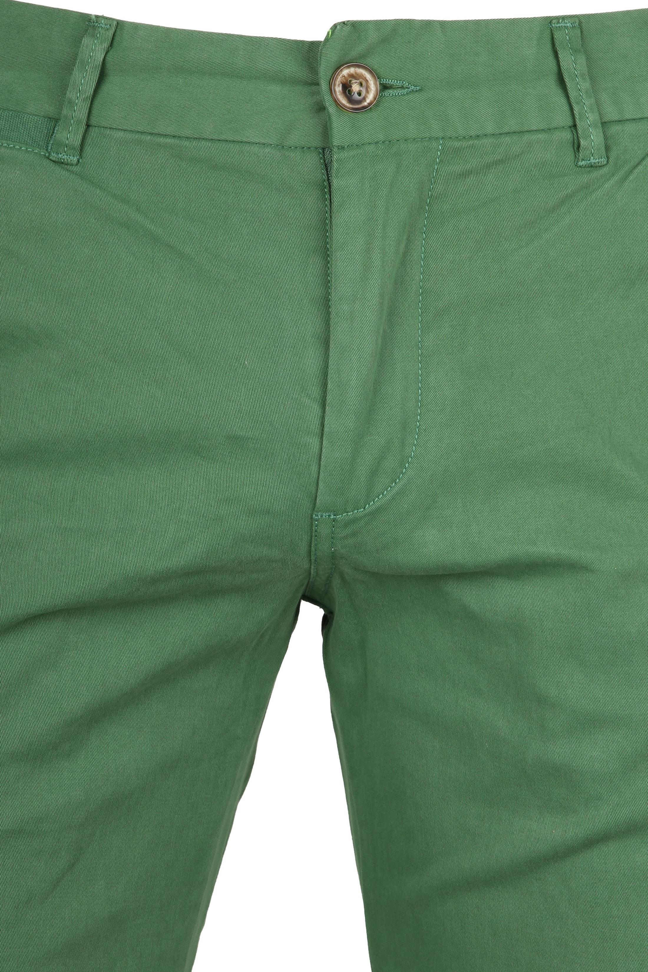 Suitable Short Arend Groen foto 2