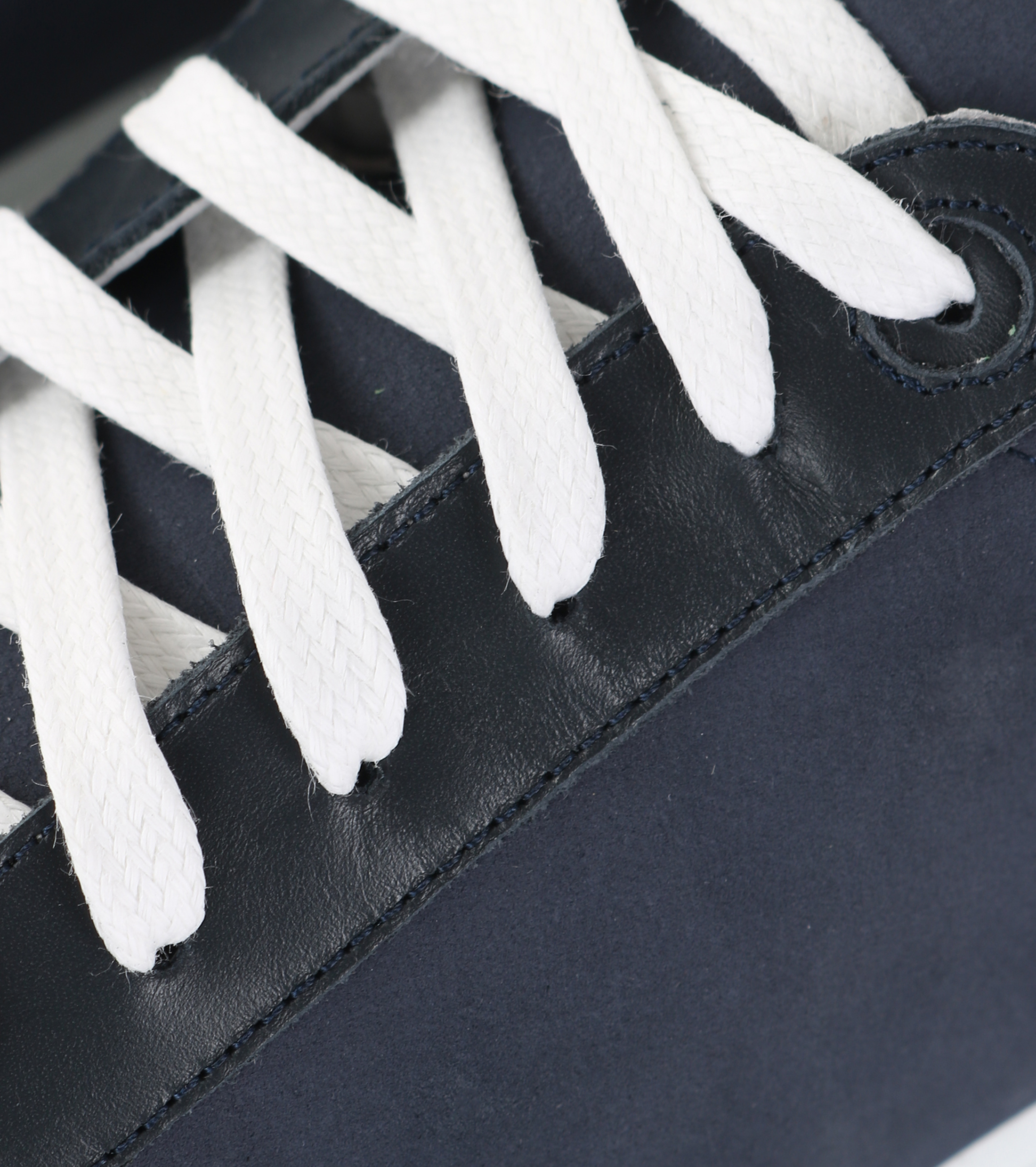 Suitable Sneaker Dunkelblau Nubuk foto 1